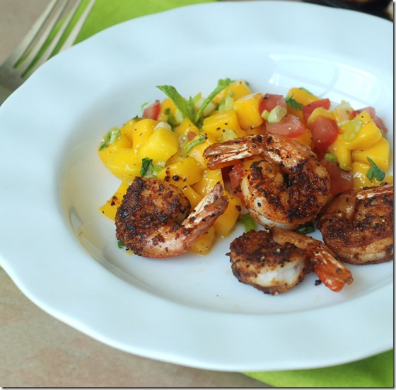 Spicy-seared-shrimp-with-mango-salsa_thumb.jpg