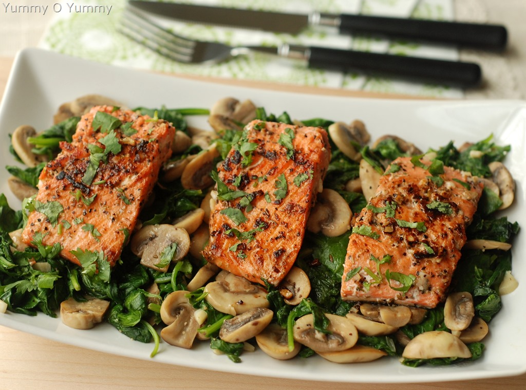 Pan Fried Salmon With Saut 233 Ed Mushroom And Spinach Yummy