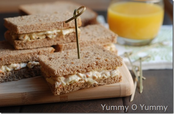 Chicken and mayonnaise sandwich