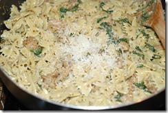 Sausage pesto pasta