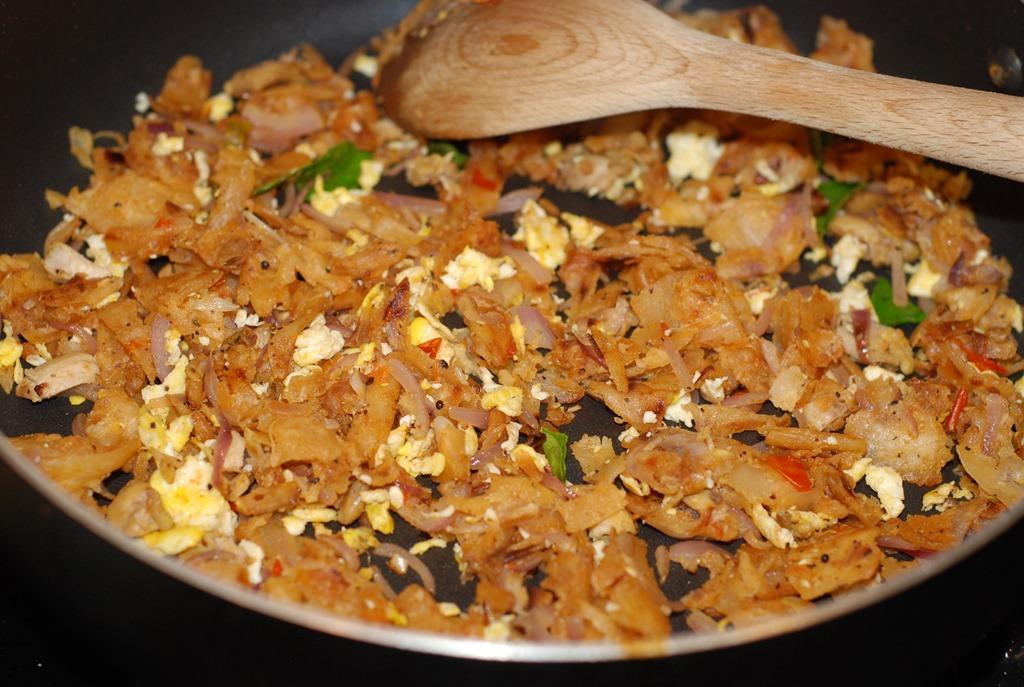 Image result for முட்டை கொத்து பரோட்டா