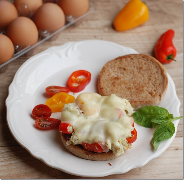Egg and peppers sandwich