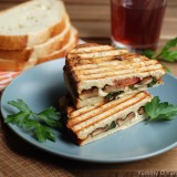 Portobello-mushroom-and-fresh-mozzarella-cheese-sandwich1.jpg