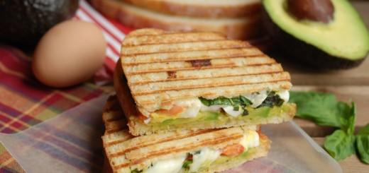 Avocado-egg-and-mozzarella-sandwich.jpg