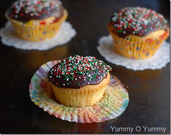 Classic Yellow cupcakes