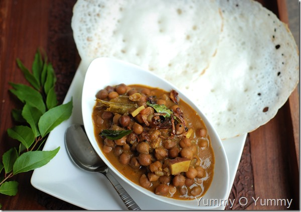 Kadala curry with coconut milk
