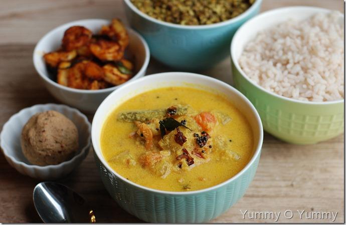 Vellarikka Unakka chemmeen curry