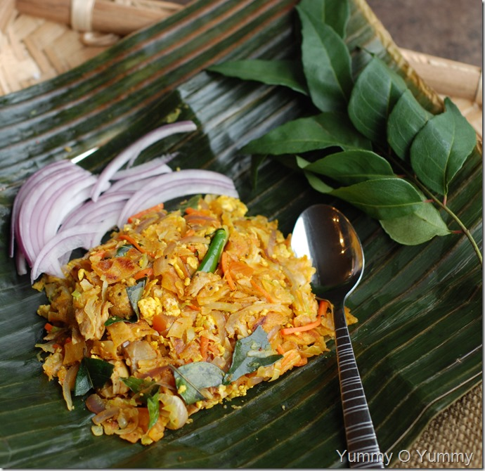 Vegetable and chicken kothu porotta