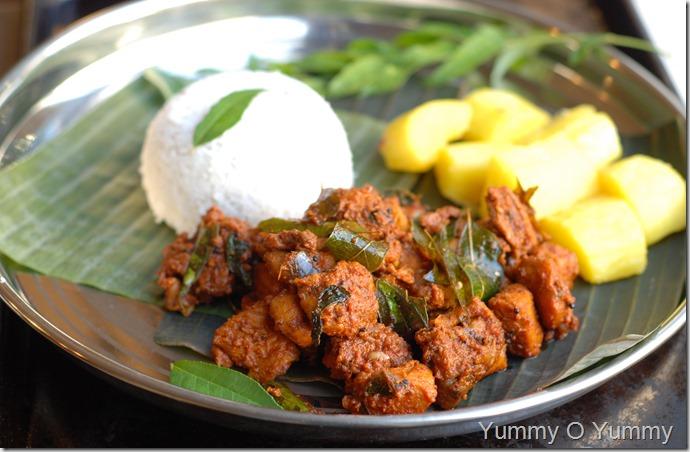Chicken Perattu - Trivandrum Style